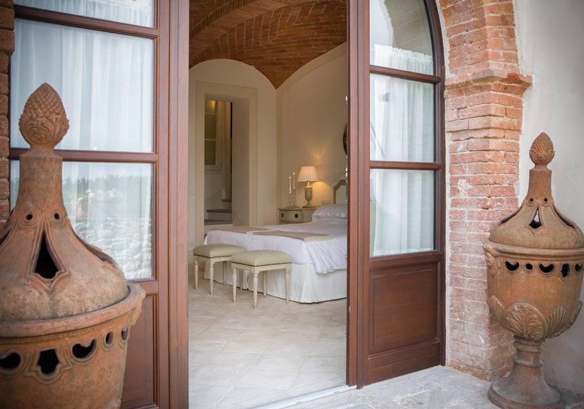 Tuscan Love 35