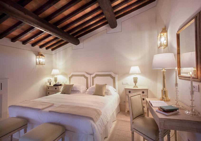 Tuscan Love 37